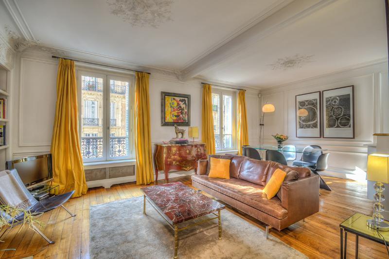 Welcome to Rue du Four! - Luxury, Charm and a Perfect Location *10% OFF* - Paris - rentals