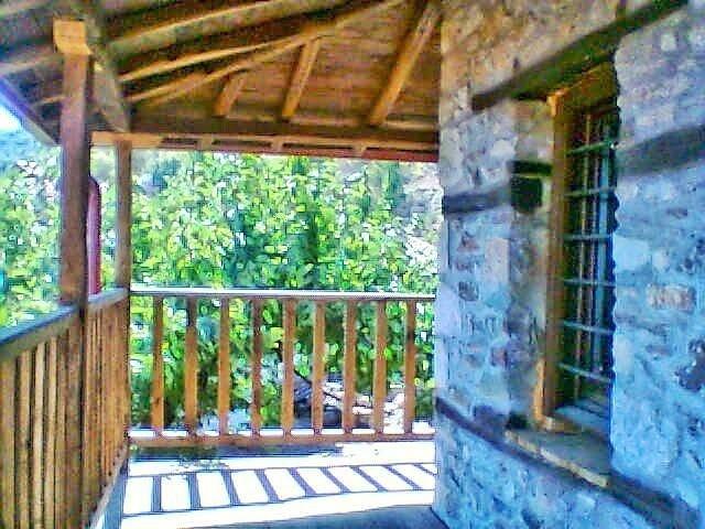 Mount Olympus cottage - Image 1 - Panteleimon - rentals