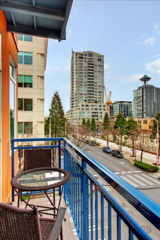 2 Bedroom 2 Bath Seattle  Oasis-Walk to Pike Place Market! - Image 1 - Seattle - rentals
