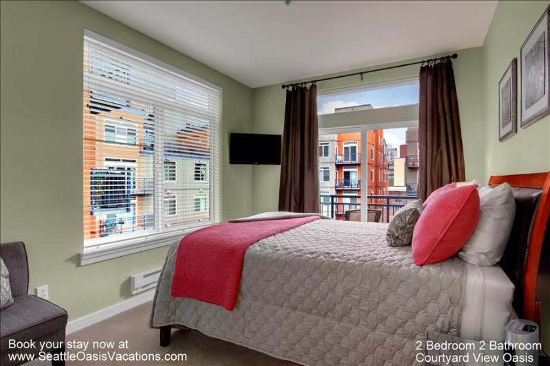 2 Bedroom, 1.75 Bathroom Beautiful Courtyard View Oasis - Image 1 - Seattle - rentals
