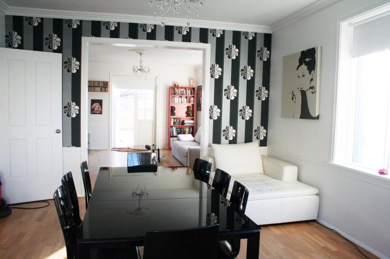 Dining room - Wonderful Central Apartment - Reykjavik - rentals