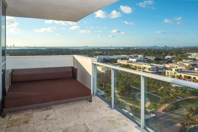 Setai Hotel 2 Bedroom Ocean View Condo  22nd Floor - Image 1 - Miami Beach - rentals