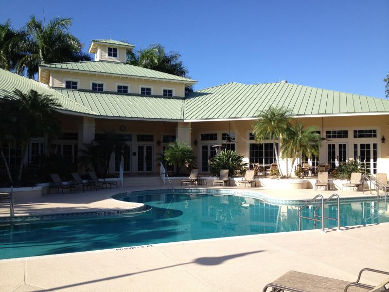 Clubhouse Pool - #1 Golf  Naples $3700/mo winter - $2000/mo summer - Naples - rentals