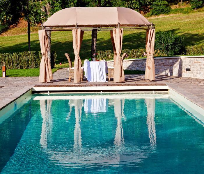 10 bedroom Villa in Gubbio, Umbrian countryside, Umbria, Italy : ref 2293971 - Image 1 - Nerbisci - rentals