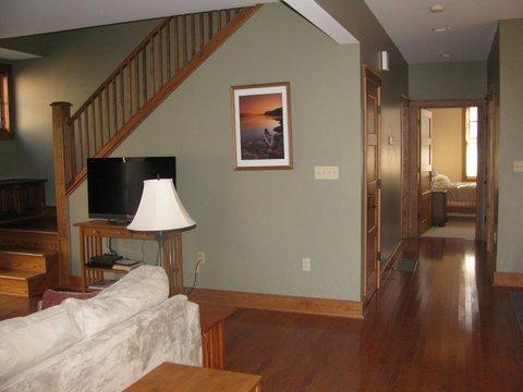 Cozy Oaks Lodge - Image 1 - Oakland - rentals
