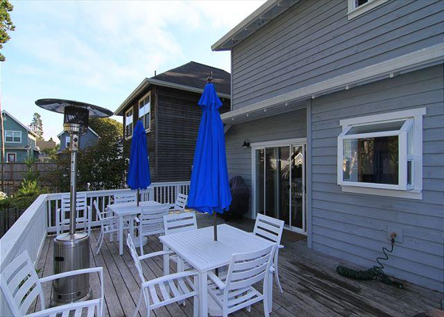 Charming Bella Beach Home, Close to Beach Access, Fabulous Amenities! - Image 1 - Depoe Bay - rentals