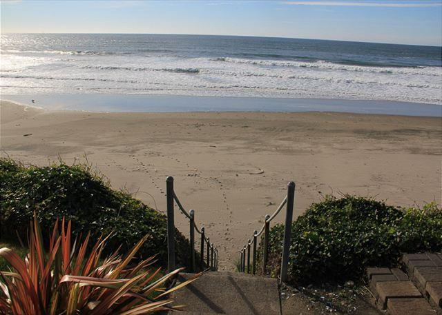 Ocean's Edge - Image 1 - Lincoln City - rentals