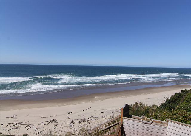 Oceanfront townhome with stunning ocean view and private access! - Image 1 - Lincoln City - rentals