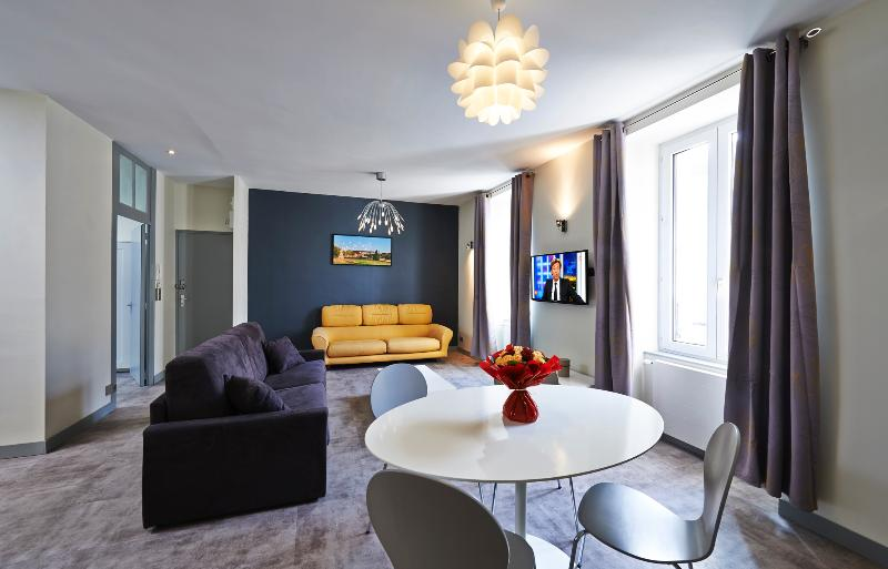 Salon - Appartement Neuf et Design Centre ville - Quernon - Angers - rentals