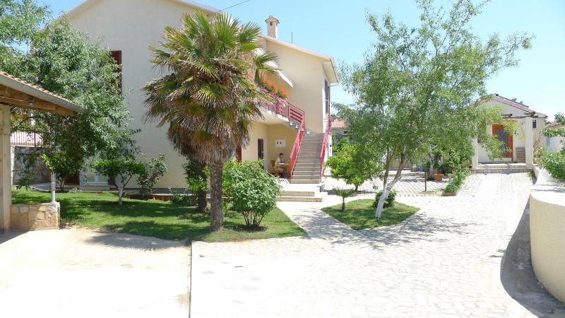 Garden - LacoDeLama - 4 star apartment at the south Istria - Medulin - rentals