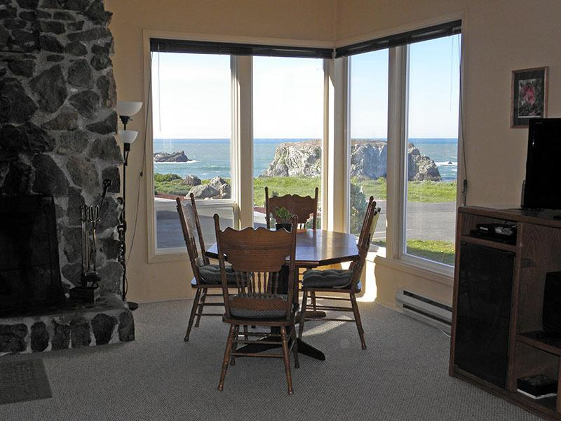 Pacific View Beach House - Image 1 - Bandon - rentals