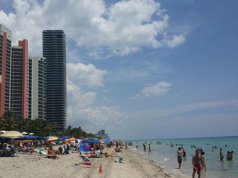Public Beach - Luxury Waterfront Property - Aventura - rentals
