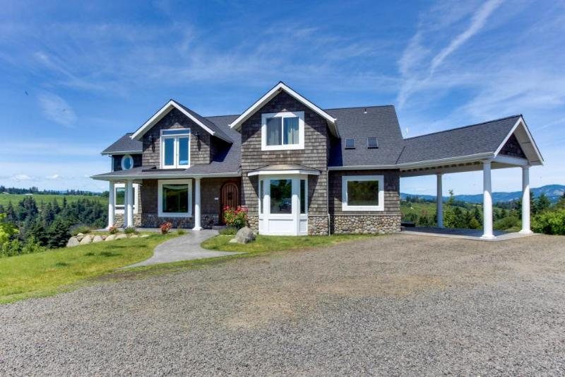 River Song Country Chateau - Image 1 - Hood River - rentals