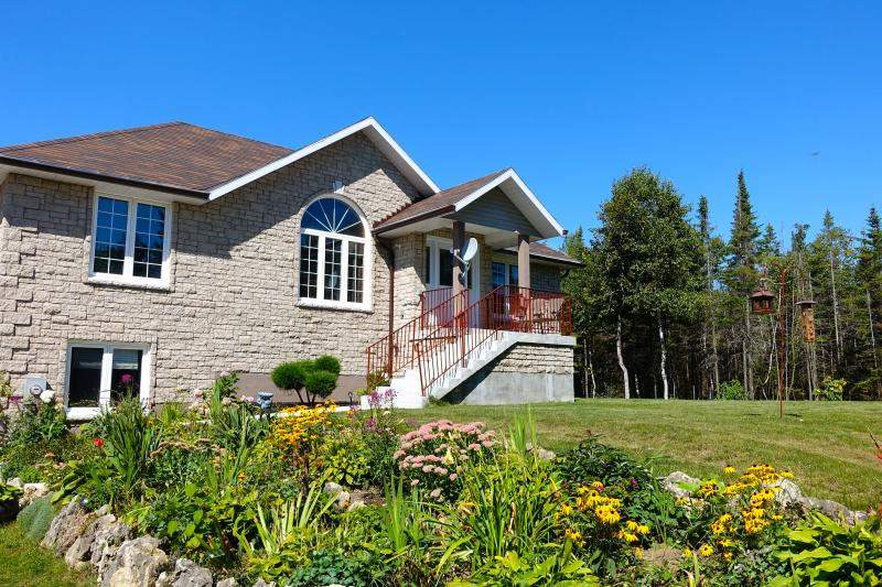 Front View of the Cottage - Dorcas Bay Getaway - Tobermory - rentals