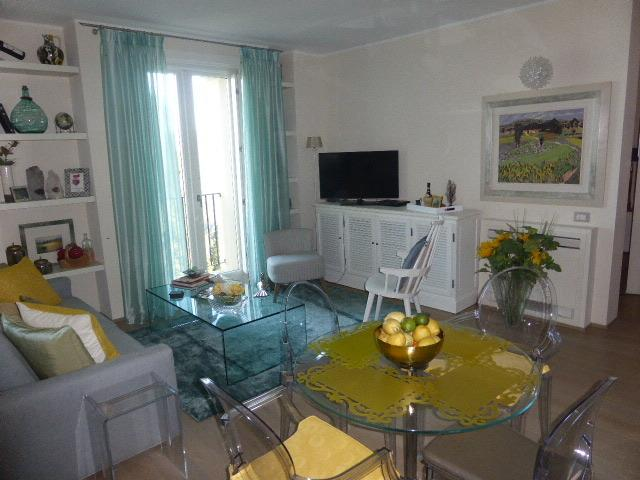 living area - Tuscany Chic - air conditioned - swimming pool - 1 hr to Florence /1 hr to Siena / 20 minutes to San Gimignano - Montaione - rentals