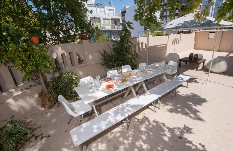 Great Terrace with BBQ with table for 14 or more - PALERMO HOLLYWOOD AMAZING ART HOUSE GREAT TERRACE - Buenos Aires - rentals