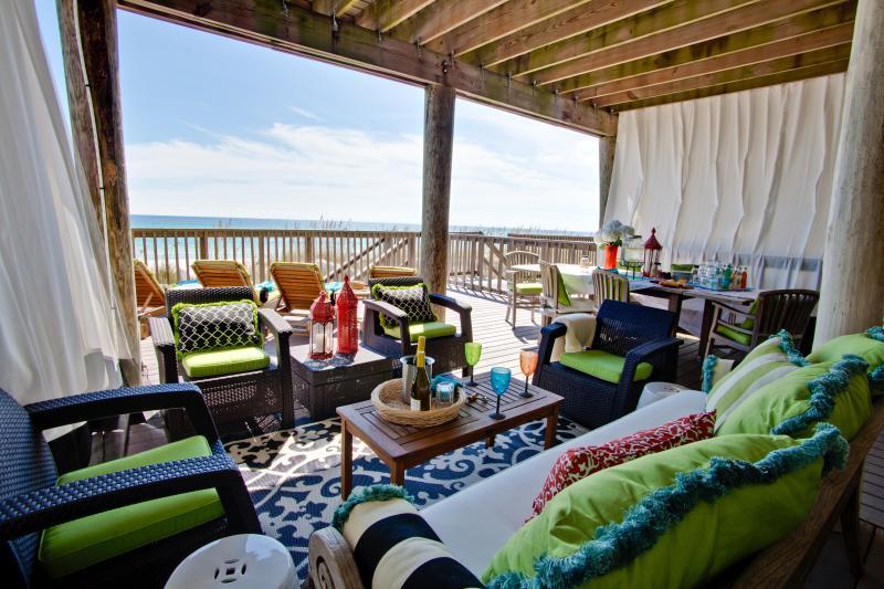 Spacious, comfortable, private beach level deck - Coming to Destin? Beachfront, Dates Open for 2016! - Destin - rentals