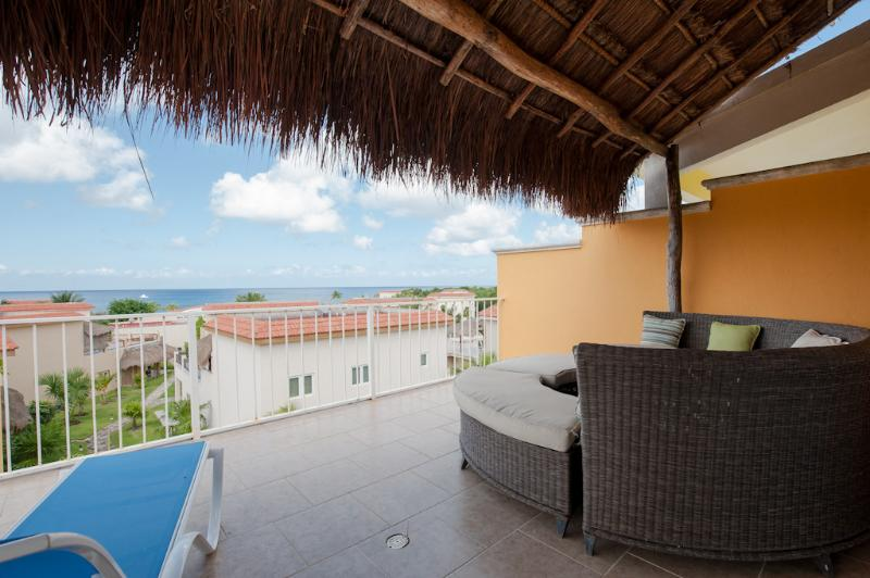 Ocean views from your 3rd floor terrace - Casa Dana, Sunsets from your Terrace Lounge - Cozumel - rentals