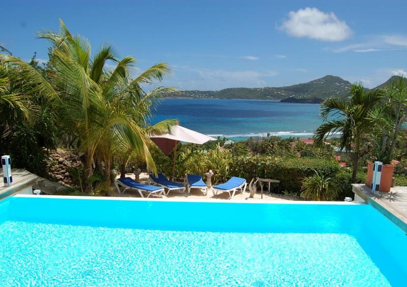 2 Bedroom Villa on the Heights of Anse des Cayes - Image 1 - Anse Des Cayes - rentals