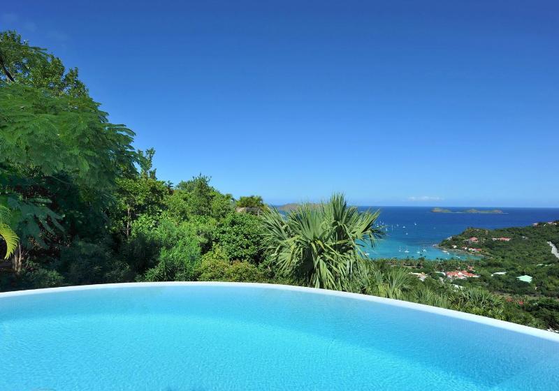 Perfect 3 Bedroom Villa on the Hillside of Saint Jean - Image 1 - Saint Jean - rentals