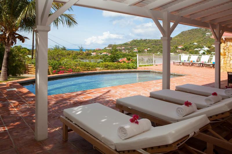 4 Bedroom Villa with View in Saint Jean - Image 1 - Saint Jean - rentals