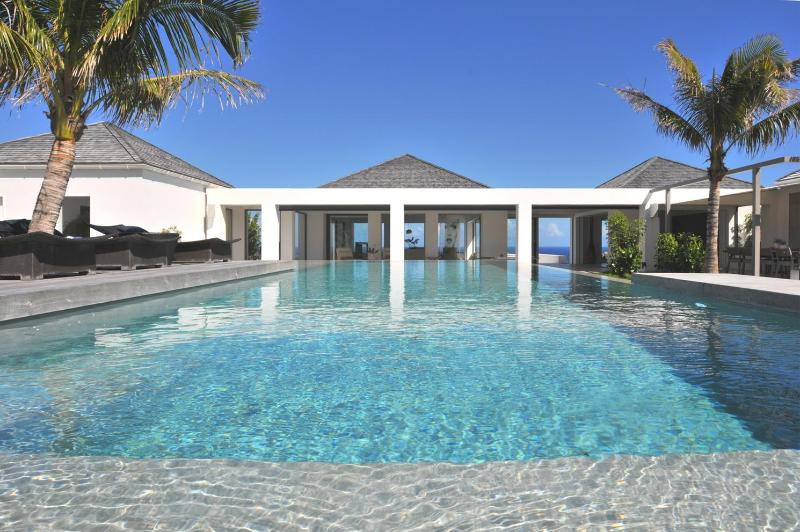 6 Bedroom Villa with Access to Petit Cul de Sac Beach - Image 1 - Petit Cul de Sac - rentals