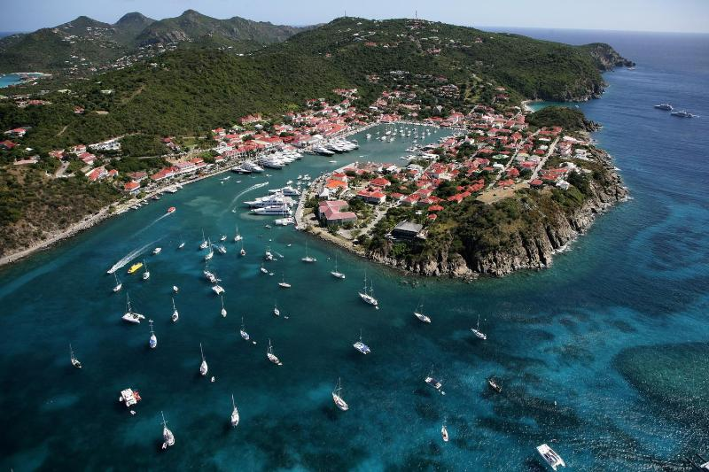Tremendous 2 Bedroom on the Heights of Gustavia - Image 1 - Gustavia - rentals