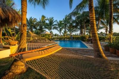 Majestic 6 Bedroom Villa with Courtyard & Swimming Pool in Punta Cana - Image 1 - Punta Cana - rentals