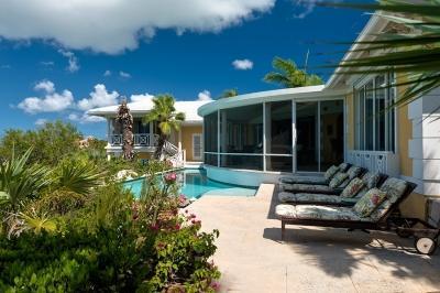 Pool area. - Extraordinary 5 Bedroom Villa with Private Pool in Providenciales - Providenciales - rentals