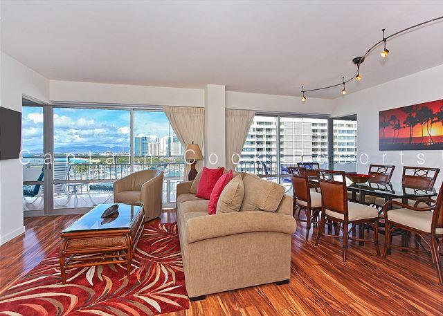 BEAUTIFUL Remodeled Condo with Ocean, Marina, & Sunset Views! Large Lanai! - Image 1 - Waikiki - rentals