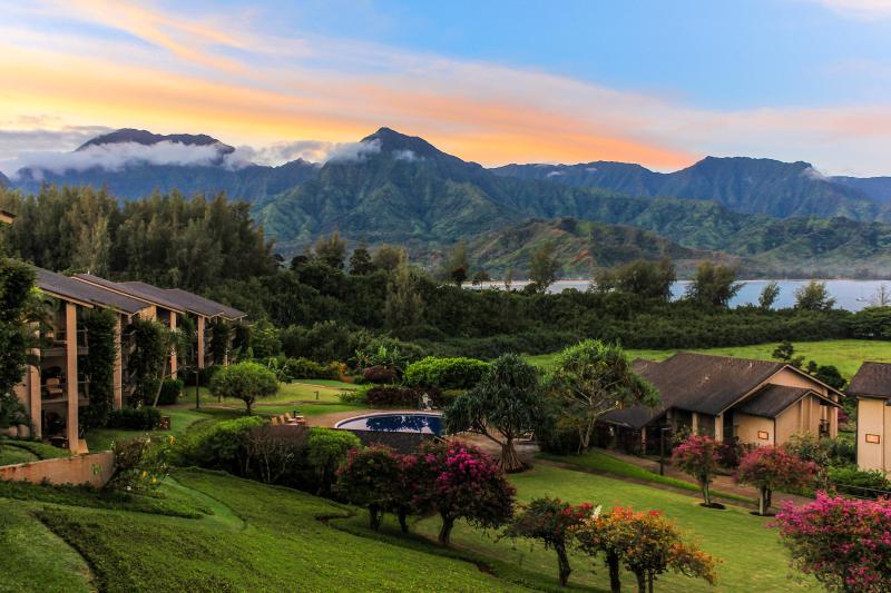 Hanalei Bay Resort 5202 Bamboo Deluxe - Luxury Hanalei Bay Resort 5202 Bamboo Deluxe Condo - Princeville - rentals