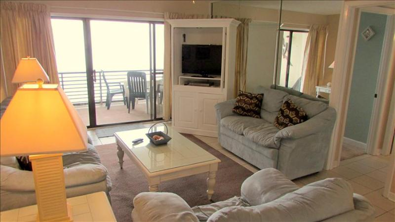 Peaceful 2 Bedroom with Pool at Gulf Gate - Image 1 - Panama City Beach - rentals