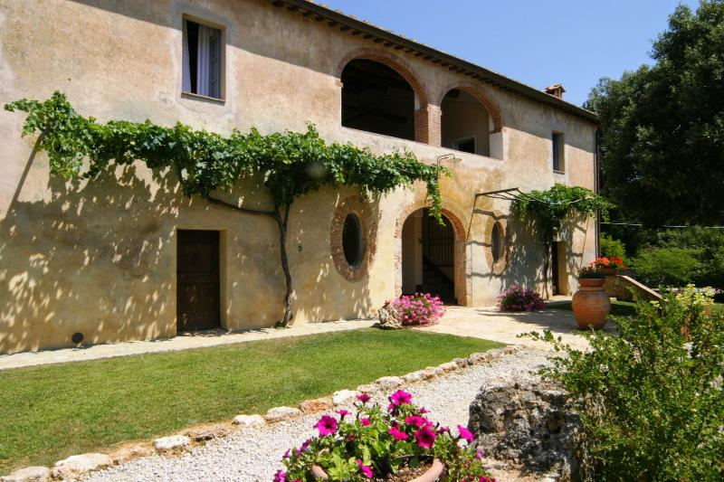 10 bedroom Villa in Sovicille, Siena and surroundings, Tuscany, Italy : ref 2294141 - Image 1 - Simignano - rentals