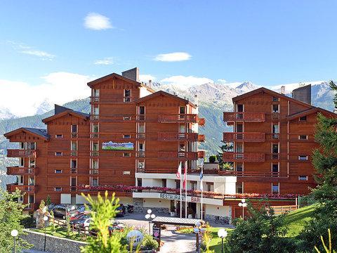 Hôtel Helvetia Intergolf ~ RA10807 - Image 1 - Crans-Montana - rentals