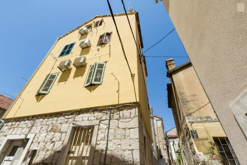 Historic City Centre Studio min from promenade - Image 1 - Split - rentals