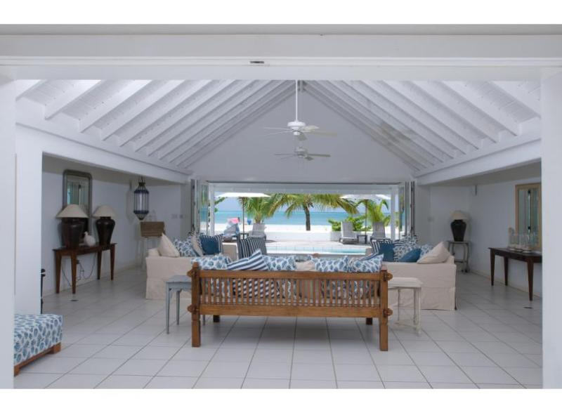 White House at Jolly Harbour, Antigua. Directly on the Beach & Walking Distance - Image 1 - Jolly Harbour - rentals