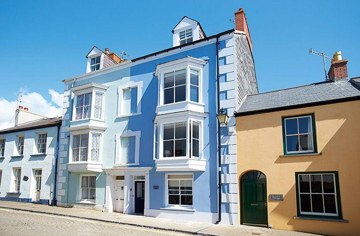 High House (Sleeping 10) - Image 1 - Tenby - rentals