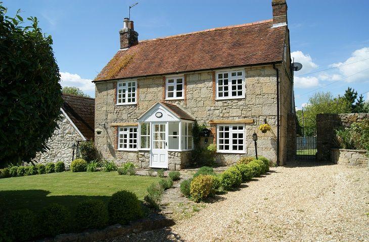 Laurel Cottage - Image 1 - Calbourne - rentals