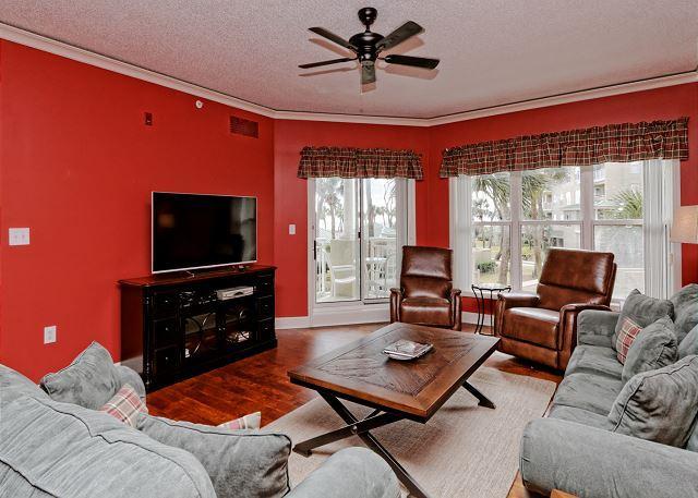 Hampton 6104 - Hampton 6104, Oceanfront View, Updated 1 bedroom, Large Pool, Jacuzzi - Hilton Head - rentals