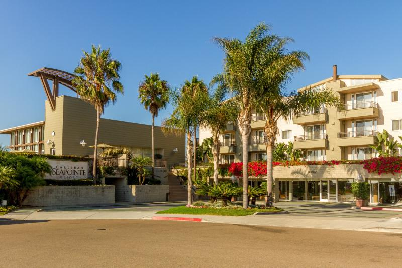 Carlsbad Seapointe Resort - Walk to beach, with heated oceanview pool - Carlsbad - rentals