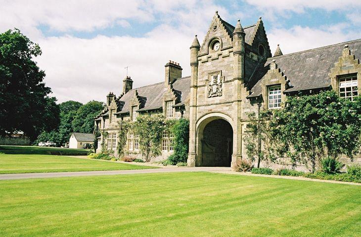 The Governor's Lodge - Image 1 - Newtownstewart - rentals
