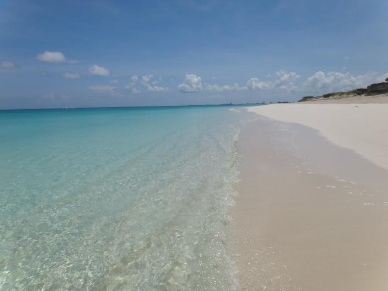 Amazing beach is just 300 steps away - Bay Breeze - Best location in Grace Bay area - Providenciales - rentals