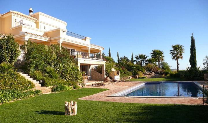 Private and Spacious Villa in Algarve  - Casa Marim - Image 1 - Loule - rentals