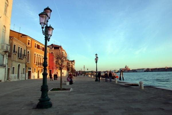 CR106VR - HARMONY - Image 1 - Venice - rentals