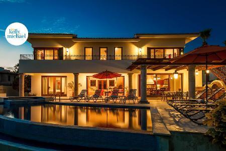 Ocean view Casa de Phoenix with upscale décor, infinity pool & beach club access - Image 1 - Cabo San Lucas - rentals