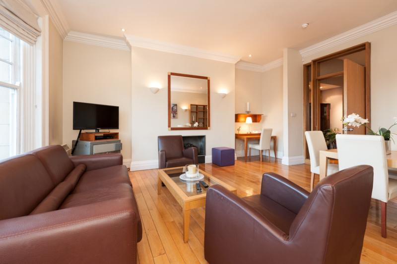 Grafton Street Two Bedroom Apartment - Image 1 - Dublin - rentals