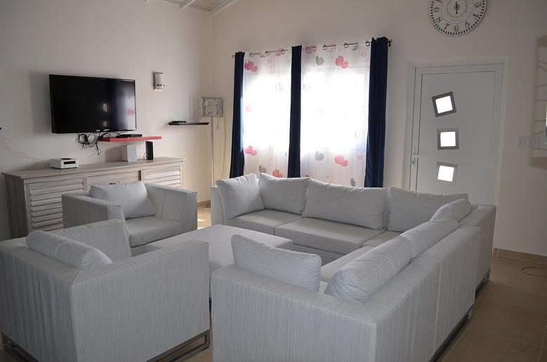Swiss Paradise Aruba- Villa 2 (7pax) - Image 1 - Noord - rentals