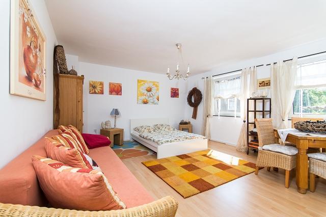Vacation Apartment in Essen - 377 sqft, comfortable, WiFi (# 4394) #4394 - Vacation Apartment in Essen - 377 sqft, comfortable, WiFi (# 4394) - Essen - rentals