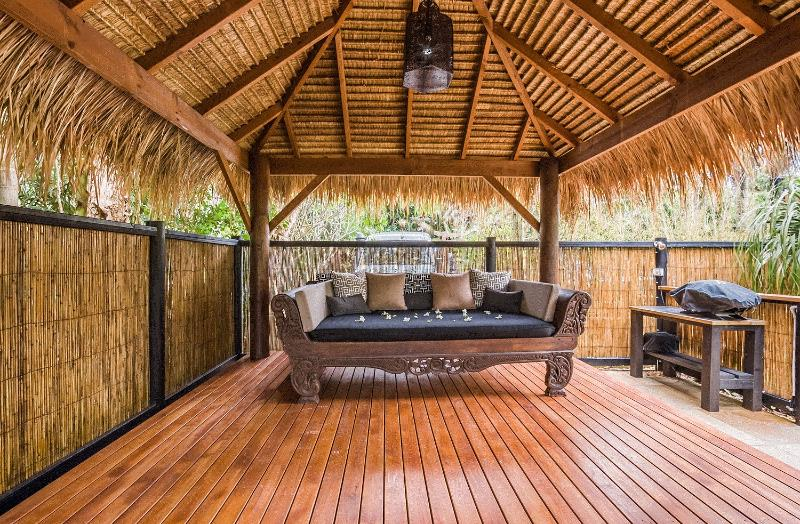 Shiva Retreat Bali style outdoor lounge area - Shambhala @ Byron - Byron Bay - rentals