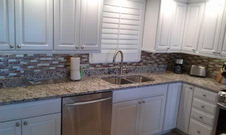 Kitchen area - Top Floor Condo with panoramic Water Views of the Marco River - Marco Island - rentals